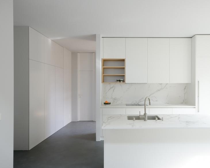 Transformation d'une villa à Lausanne, Vaud. Maître de l'ouvrage : privé. Collaboratrice: Diana Brasil.
